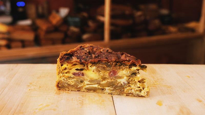 Photo d'une tarte du jour aux légumes de la boulangerie bio La Source à Forcalquier 04300